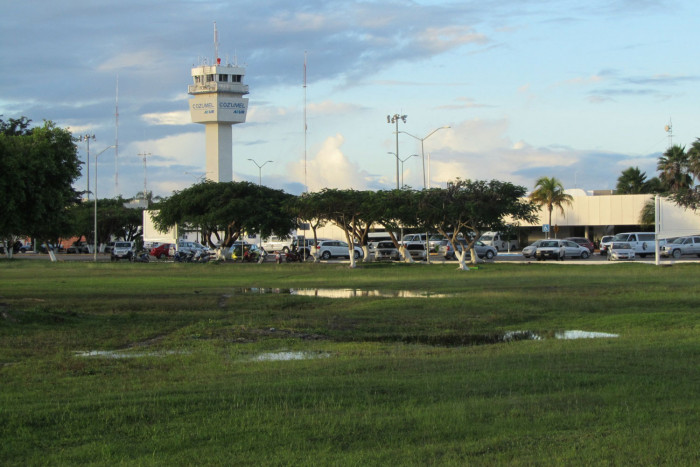 Cozumel airport taxi
