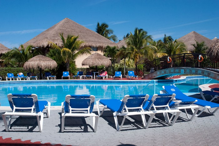 Cozumel all-inclusive beach